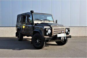 Tweedehands Land Rover Defender zijkant BARN282 Land Rover & Jaguar specialist Kalmthout