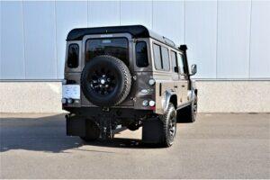 Tweedehands Land Rover Defender zij achterkant BARN282 Land Rover & Jaguar specialist Kalmthout