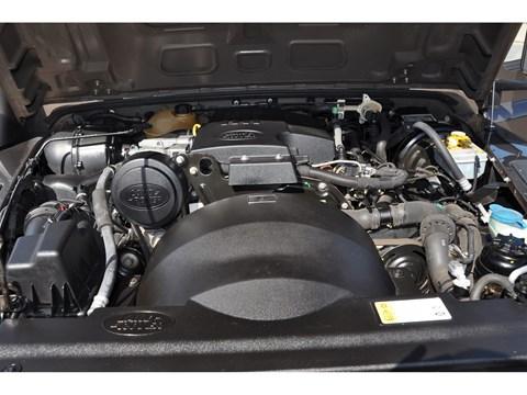 Tweedehands Land Rover Defender motor BARN282 Land Rover & Jaguar specialist Kalmthout